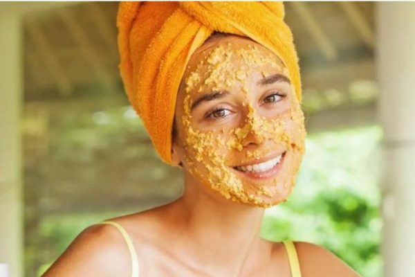 7-DIY-Red-Lentil-Face-Scrubs-For-Gleaming-Complexion